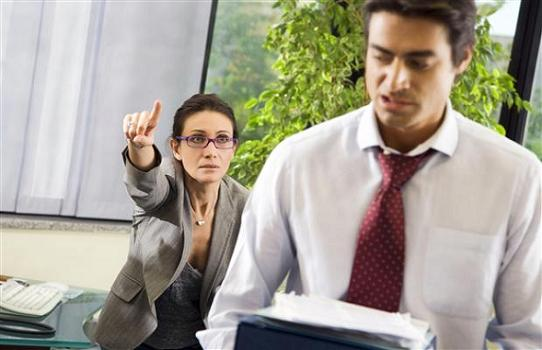Curriculum falso, no al risarcimento danni in caso di licenziamento