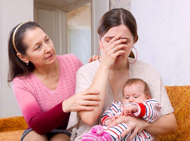 Licenziamento sproporzionato per lavoratrice che si assenta per assistere la figlia depressa