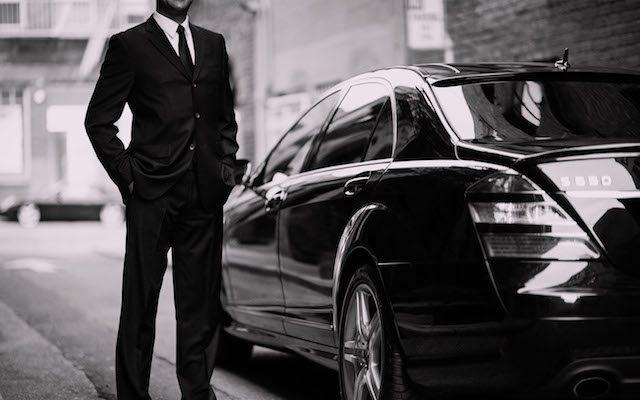 Uber, riconoscimento lavoro subordinato, agli autisti francesi no a quelli inglesi si